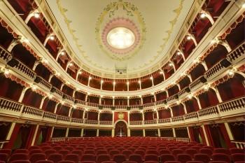 teatro-tito-schipa