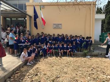Torrepaduli, la scuola dedicata a don Vito Lecci