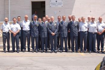 Il generale Vito Augelli in visita presso la Tenenza della Guardia di fi...