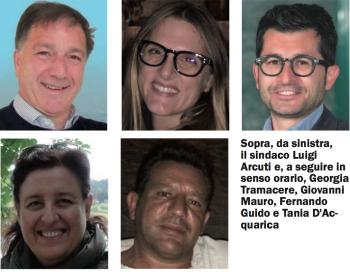 Luigi Arcuti con consiglieri