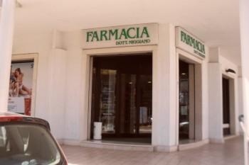 Taviano, la farmacia Miggiano