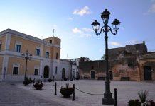 Surano piazza Municipio