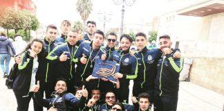 I ragazzi del Vespucci al Palio di voga di Taranto
