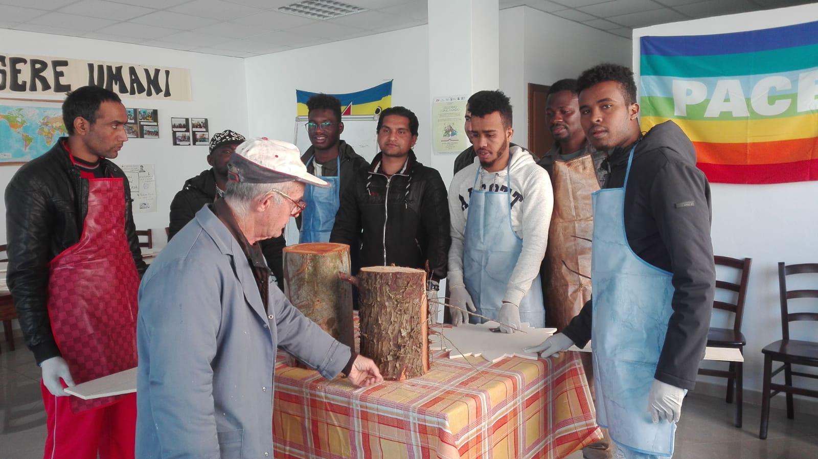 Alcuni richiedenti asilo ospiti dei progetti Sprar