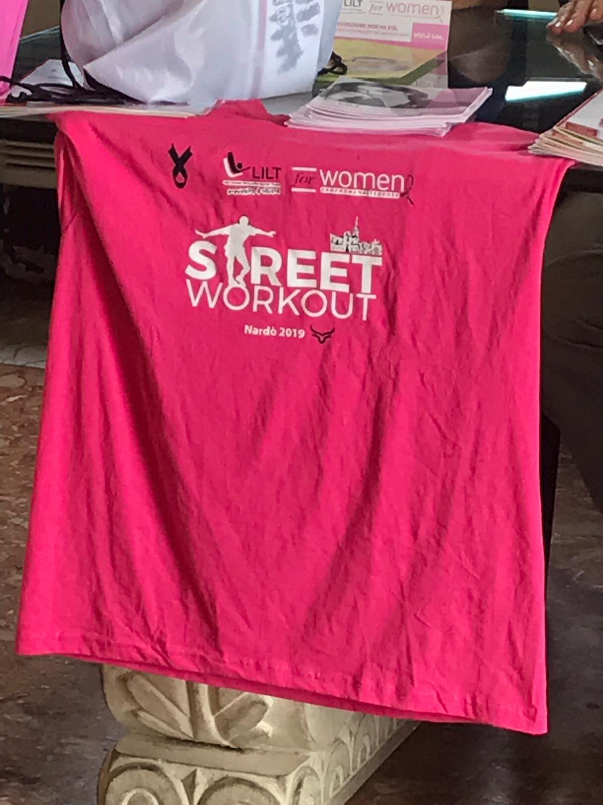 """Street workout in rosa"" Nardò"